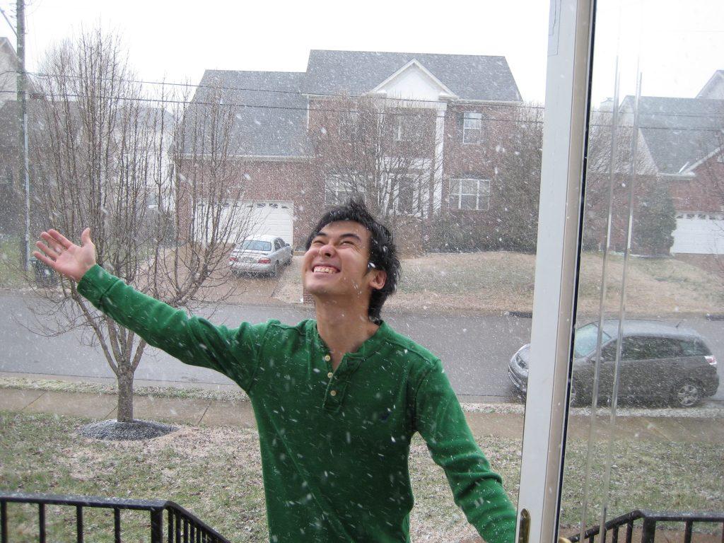 US Pics: Ryan amazed at snow